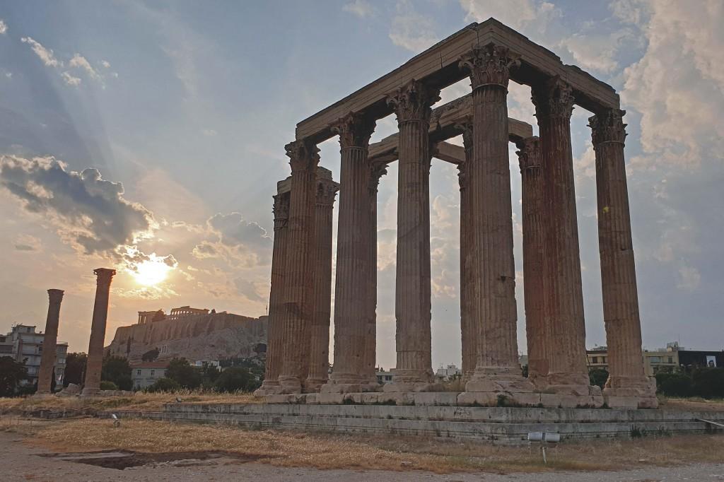 Ateena, Zeusi tempel