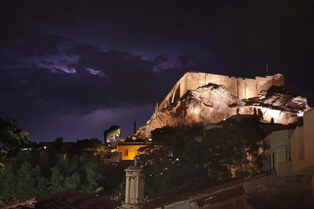 Ateena, Plaka, Akropolis