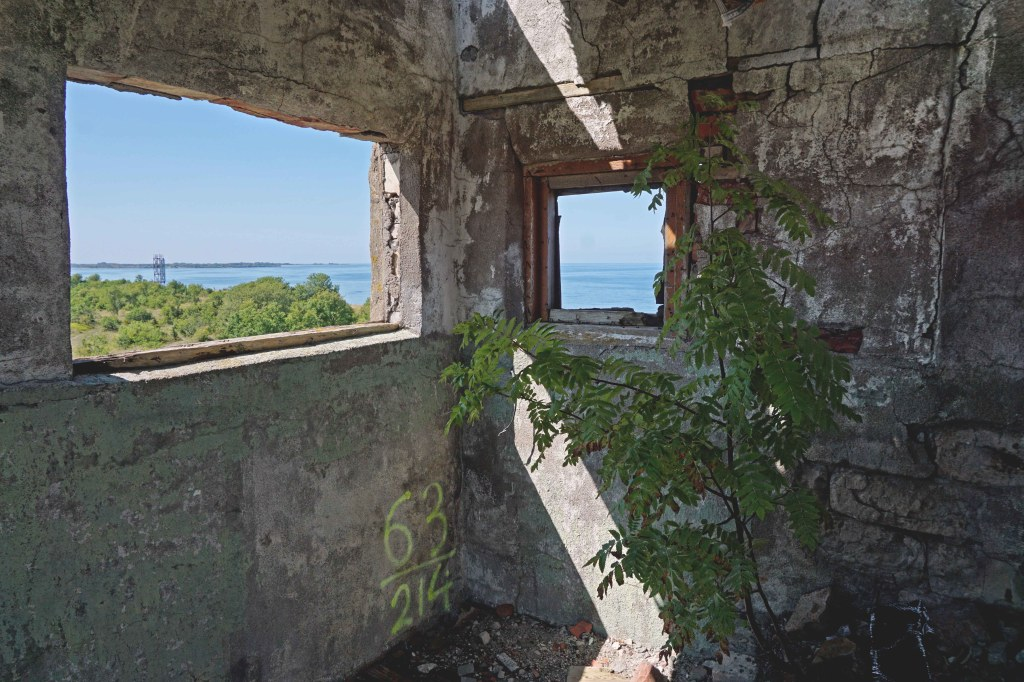 Väike-Pakri kivitorn, Pakri saared